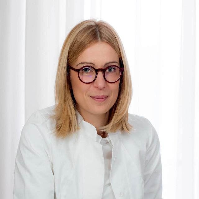Na fotografiji: prof. dr. sc. Darija Vranešić Bender