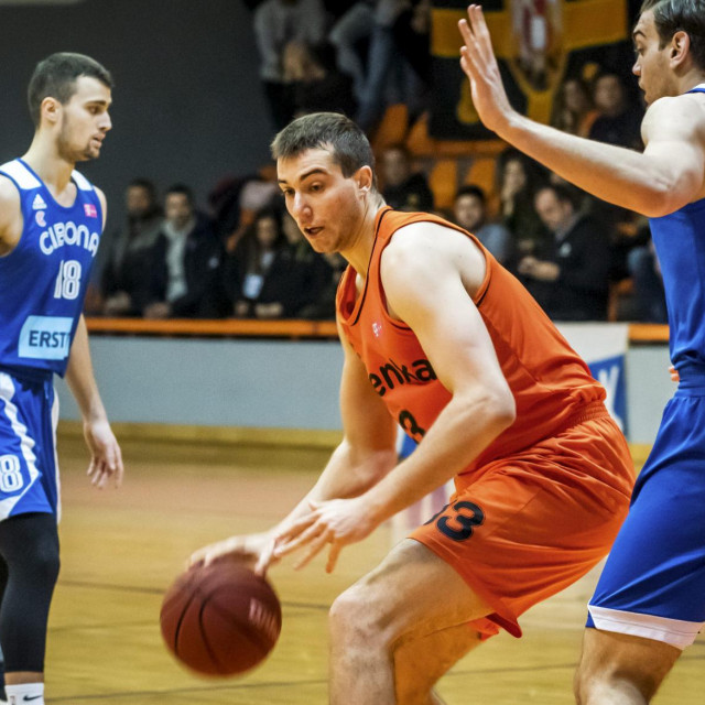 Sibenik, 260120.<br /> Sportska dvorana Baldekin<br /> Premijer liga, 17.kolo utakmica GKK Sibenka-KK Cibona.<br />