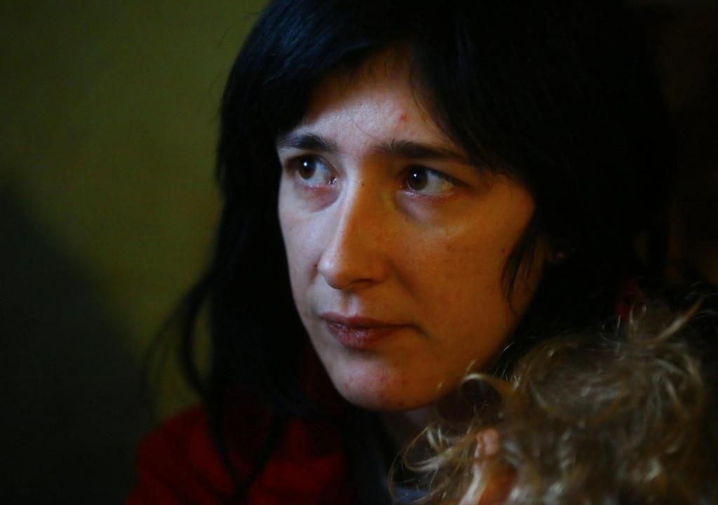 Elena zivi u stričevoj kući gdje nema osnovne ljudske uvjete za život