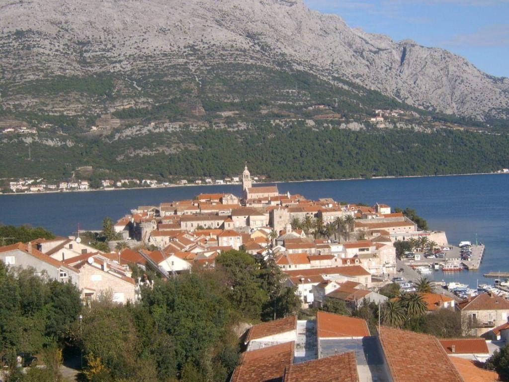 Korčula postaje studentski grad