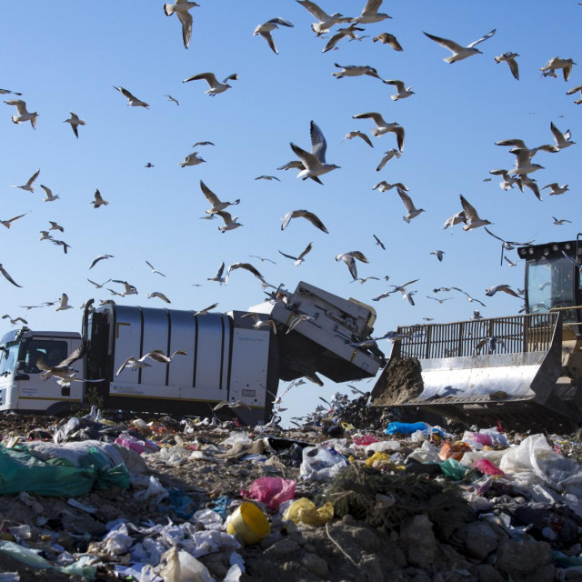 Građanima prijeti ono najbolnije - plaćanje skupljih računa za odvoženje otpada