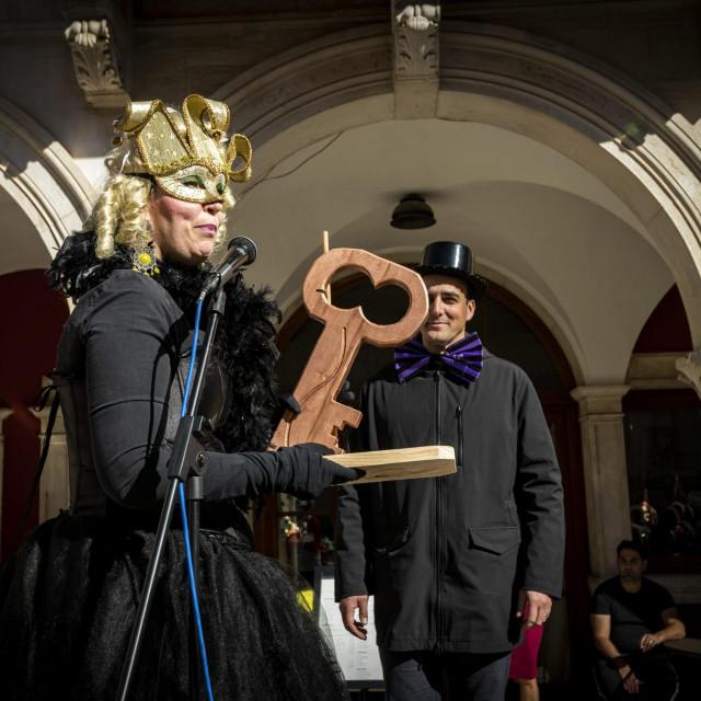 Sibenik, 150220.<br /> Maskaranom povorkom djecjih vrtica i predajom kljuceva grada zapocele Maskare 2020.<br />