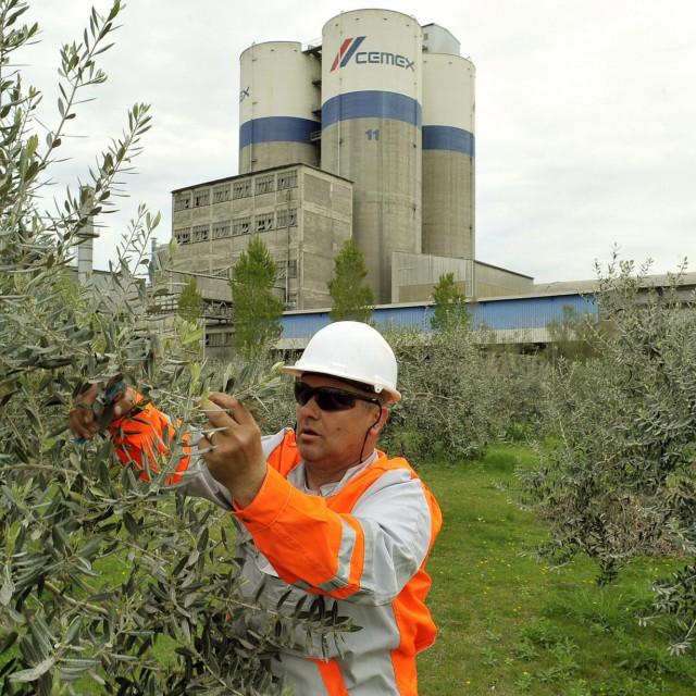 Ključnu stvar u bliskoj budućnosti predstavljat će prebacivanje tvornica na nove energetske izvore