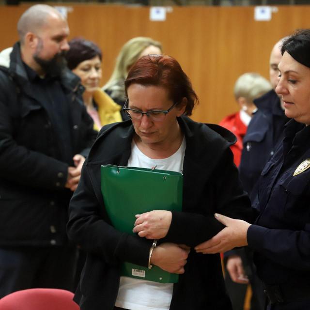 Varazdin, 271119. <br>Na Zupanijskom sudu u Varazdinu nastavljeno je sudjenje Smiljani Srnec za ubojstvo sestre Jasmine Dominic. <br>Na fotografiji: Smiljana Srnec. <br>