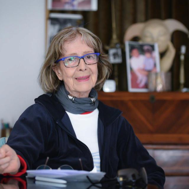 Milka Podrug Kokotović u svome domu u Dubrovniku