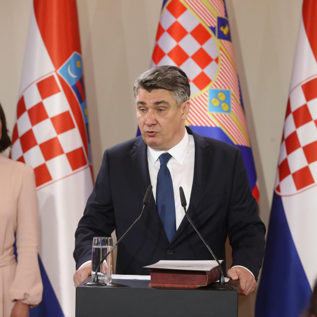 Zoran Milanović svečano je pred predsjednikom Ustavnoga suda Miroslavom Šeparovićem prisegnuo za 5. predsjednika RH
