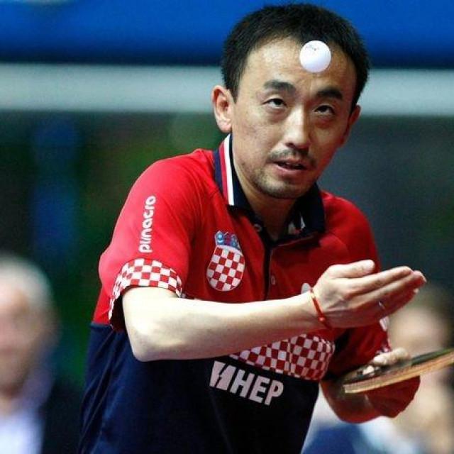 Stolnotenisač Tan Ruiwu