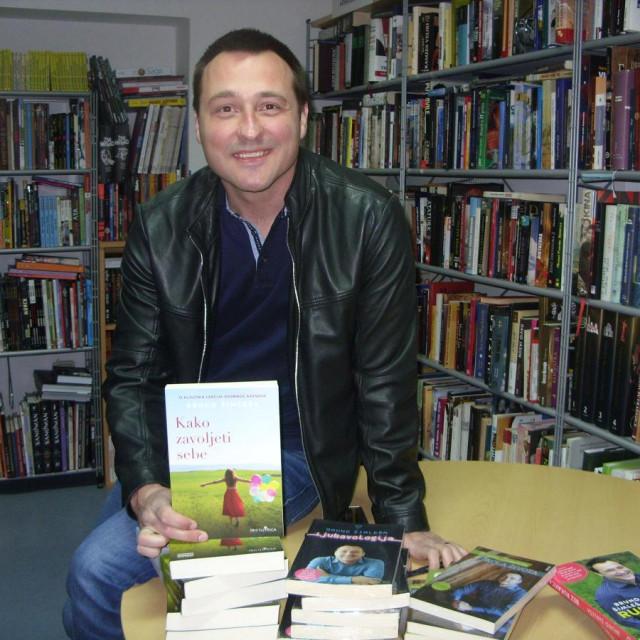 Bruno Šimleša predstavio knjigu