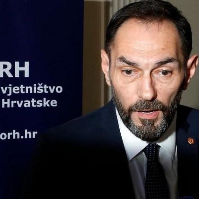 Ekspresni pad Dražena Jelenića jako je čudan<br /> Damjan Tadić<br /> /HANZA MEDIA