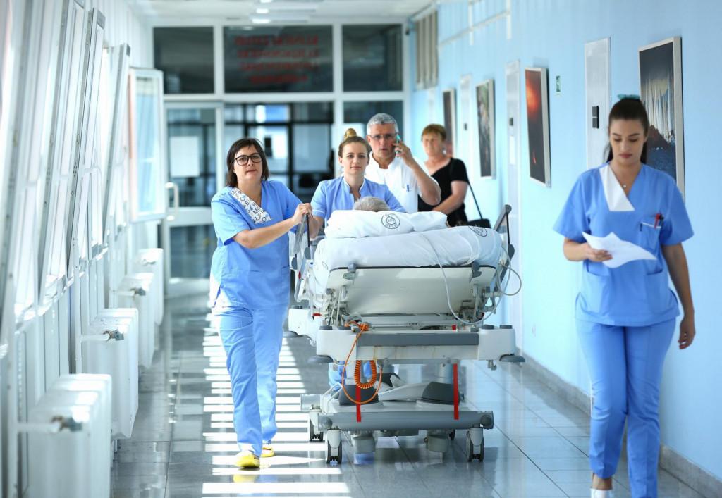 Medicinske sestre, odnosno tehničari danas su deficitarno zanimanje