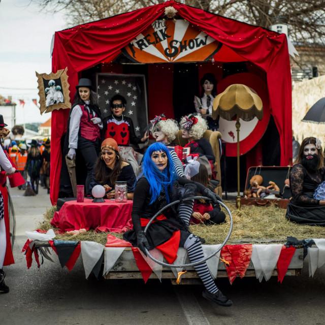 Murter, 250220.<br /> U mjestu Murter odrzala se tradicionalna karnevalska proslava Murterske Bake.<br />