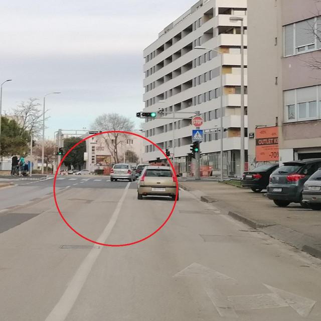 Greška koju čine vozači pri ulasku na raskrižje Tuđmanove ulice iz pravca Relje