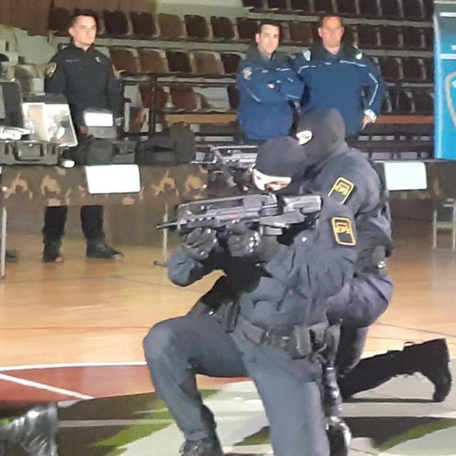 Pomocija policijskog zvanja u organizaciji PU Dubrovačko-neretvanske