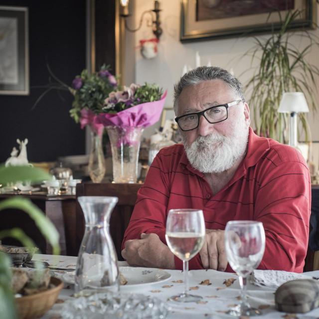 Tahir Mujičić, likovnjak, pisac, filmaš i zafrkant opće prakse