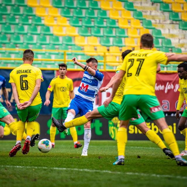 Pula, 040320<br /> Nogometna utakmica, Prva liga NK Istra 1961- NK Osijek<br />