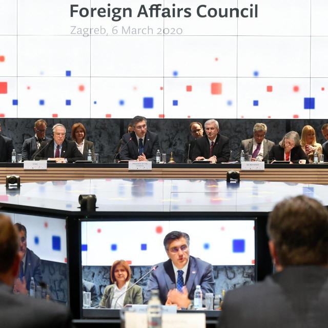 Izvanredni sastanak ministara vanjskih poslova EU posvecen stanju u Siriji.<br /> Na fotografiji: Josep Borrell i Andrej Plenkovic.<br />