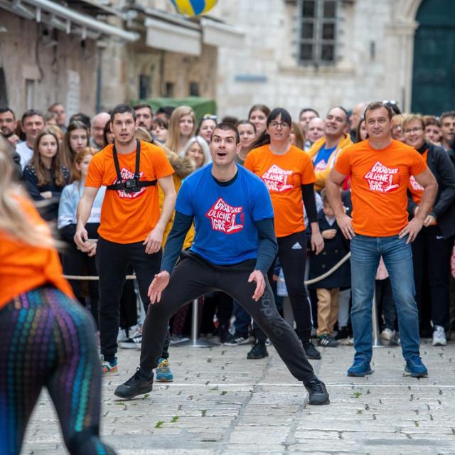Dubrovnik, 070320.<br /> Prvi turnir u Gradskim ulicnim igrama. Dubrovcani su odmjerili snage u 10 igara, izmedju ostalog i u granicaru.<br />