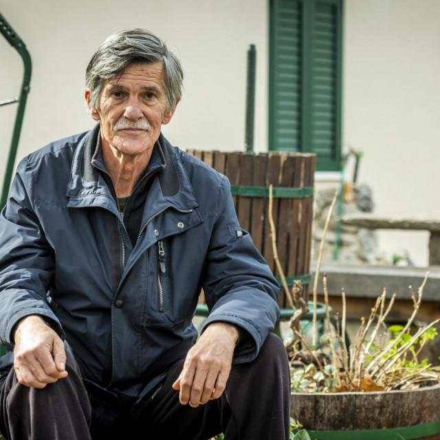 Znanstvenik i biolog Drago Marguš u vrtu svoje kuće na Jadriji<br />