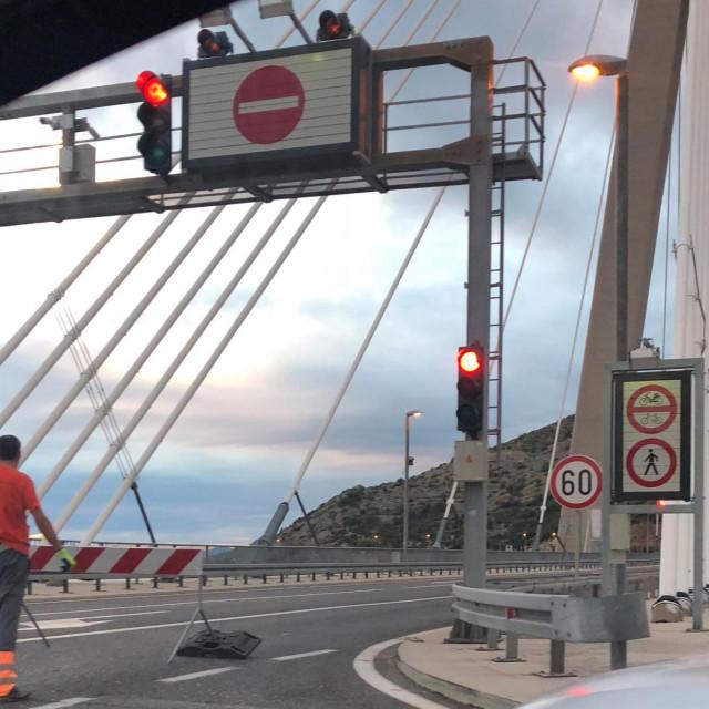most dr. franja tuđmana, most preko rijeke dubrovačke zatvoren vjetar