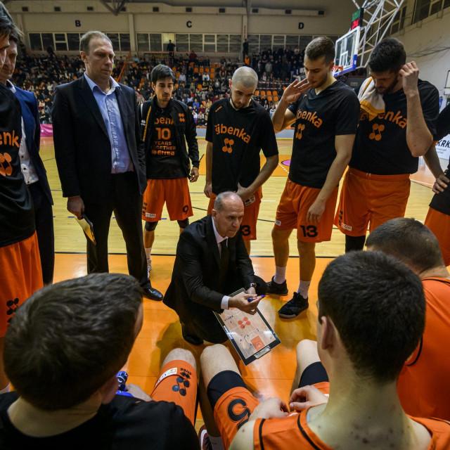 Košarkaši Šibenke u petak igraju u Osijeku