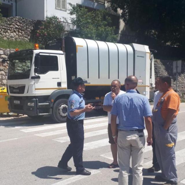 Štrajk komunalaca u Obrovcu