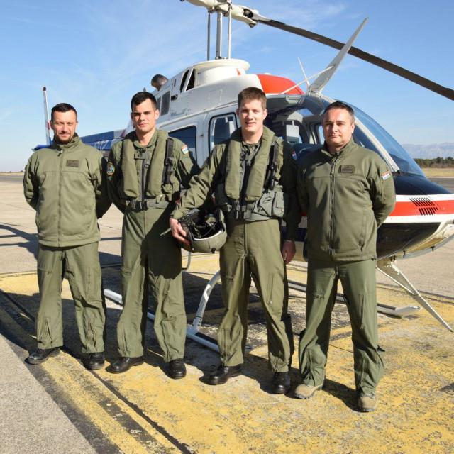 kadeti na prvom samostalnom letu