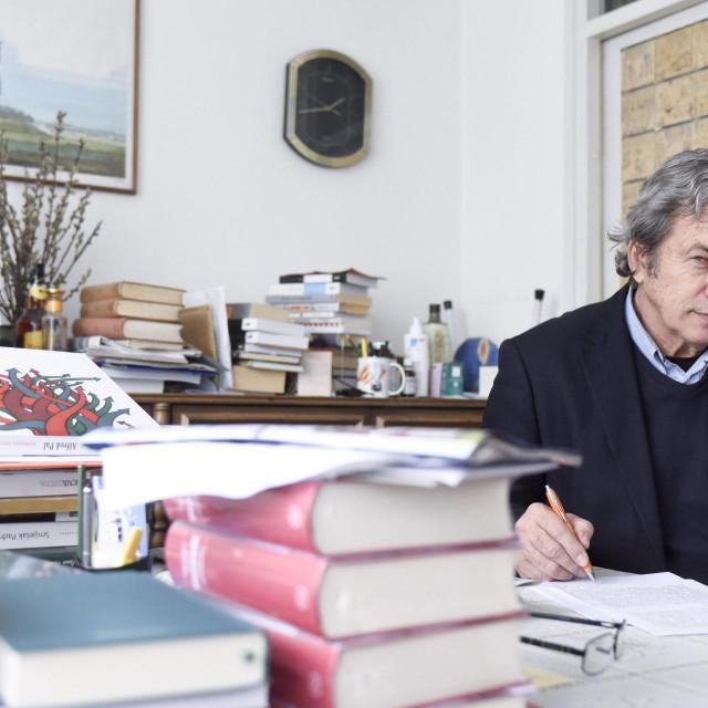 Zdravko Zima iza sebe ima četiri desetljeća rada u novinarstvu i desetak knjiga<br />
