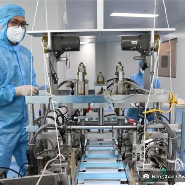 Kineski proizvođač električnih automobila svoje je pogone odlučio iskoristiti za sprečavanje širenja koronavirusa te je u mjesec dana postao najveći svjetski proizvođač zaštitnih maski