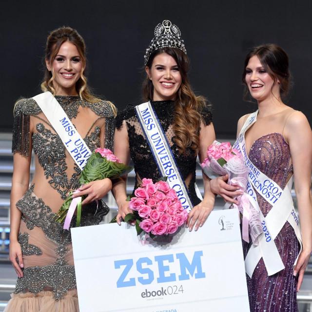 Izbor za Miss Universe Hrvatske.Na fotografiji: Mirna Naiia Maric, pobjednica Miss Universe Hrvatska 2020,Daria Matic, Mirna Naiia Maric i Andrea Erjavec