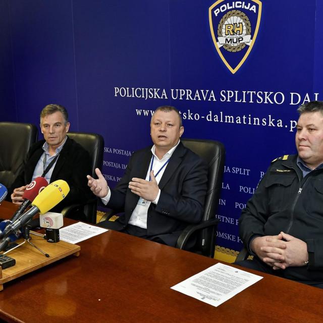 Vlade Perkušić (desno)