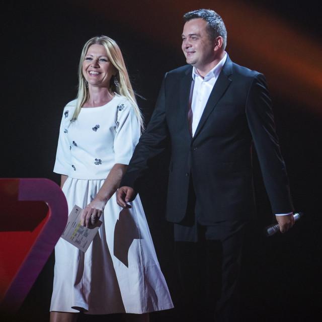 Barbara Kolar i Duško Ćurlić obavješteni su da 'čekaju'. Nitko ne zna koliko