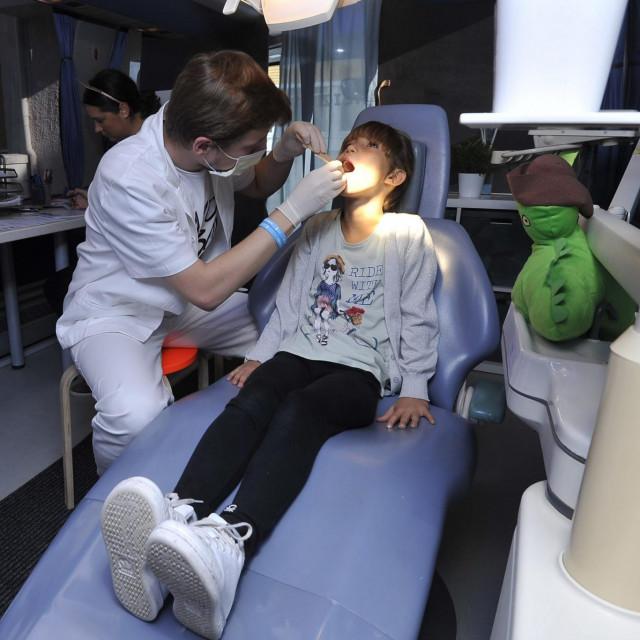 stomatolozi ne rade