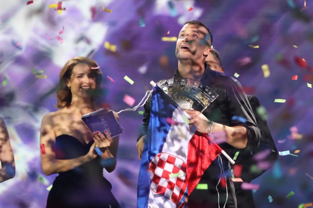 'Pozdravljam odluku, jedva čekam završetak pandemije, a onda i nastup na Euroviziji 2021. u Rotterdamu', podvukao je