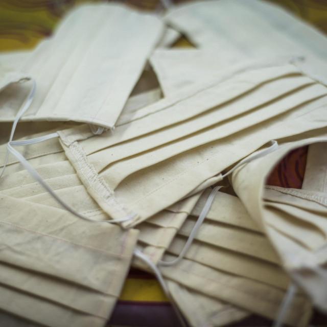 Poziv Konavljanima na šivanje zaštitnih maskica<br />