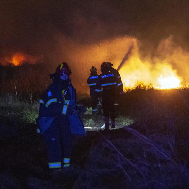 Požar ilustracija