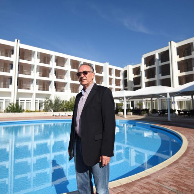 Milan Miletić, vlasnik 'Hotela Zadar':U hotelu nema žive duše, a otvoren je samo zato što je to 'živo biće'