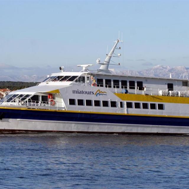 Uvedena je nova brzobrodska linija za najudaljenije zadarske otoke