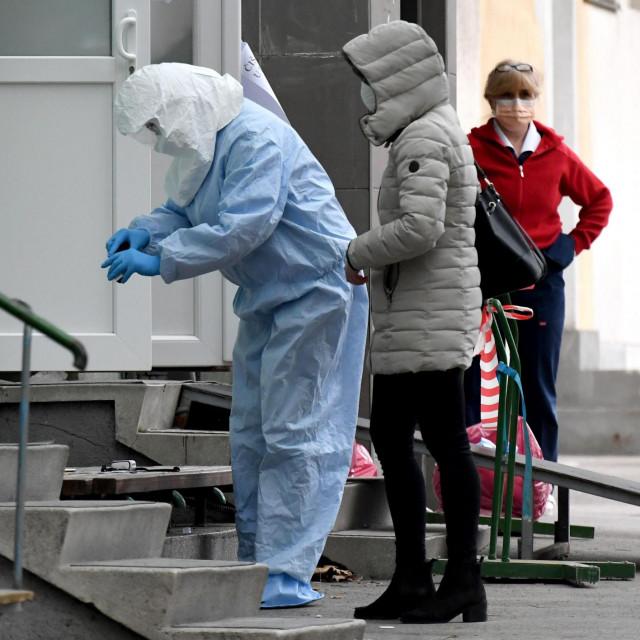 Čak 84 posto liječnika u primarnoj zdravstvenoj zaštiti nema zaštitnu odjeću