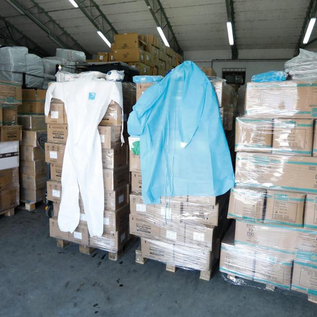 Zaština oprema u skladištu
