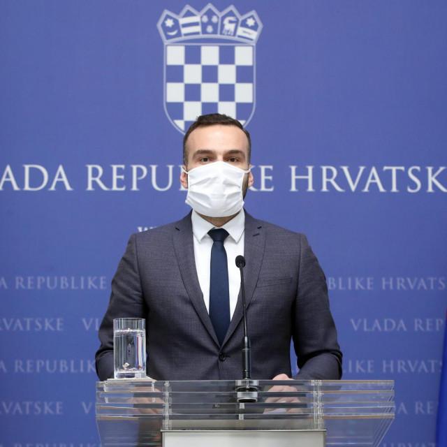 Ministar rada i mirovinskog sustava Josip Aladrović