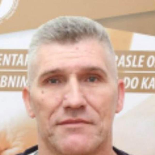 Nekadašnji košarkaš i trener Jakub Genjac preminuo je nakon teške bolesti