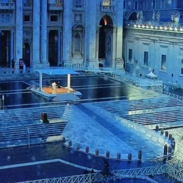 Papa Franjo.