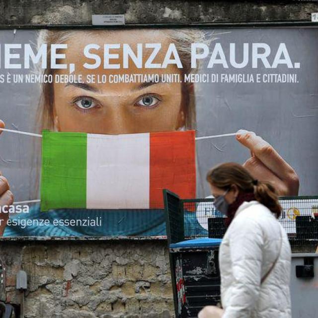 """""""Pišem vam ovo iz Italije, što znači – iz vaše budućnosti. Mi smo sada tamo gdje ćete vi biti za nekoliko dana. Svi grafovi epidemije pokazuju da smo upleteni u nekakav paralelni ples."""""""