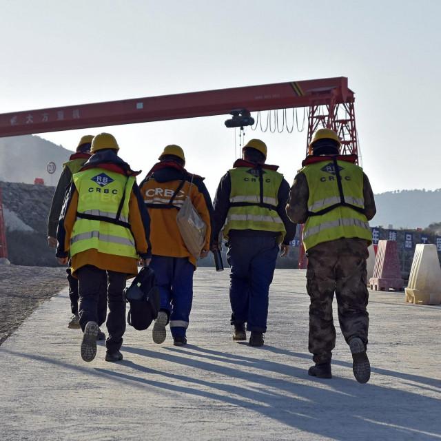 Na gradilištu pelješkog mosta trenutno je nekoliko stotina kineskih radnika