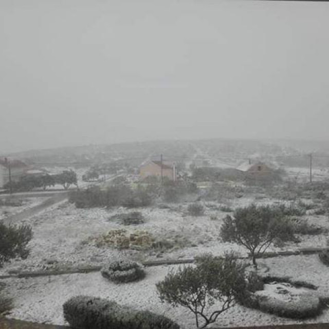 Snijeg u Vukšiću