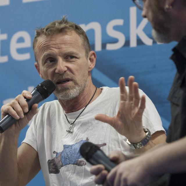 Jo Nesbø ima tri romana među deset najposuđivanijih