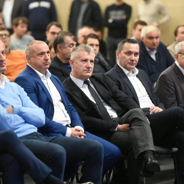 Zagreb, 220220.<br /> Kinezioloski fakultet.<br /> Okrugli stol hrvatskih nogometnih izbornika.<br /> Na fotografiji: Davor Suker.<br />