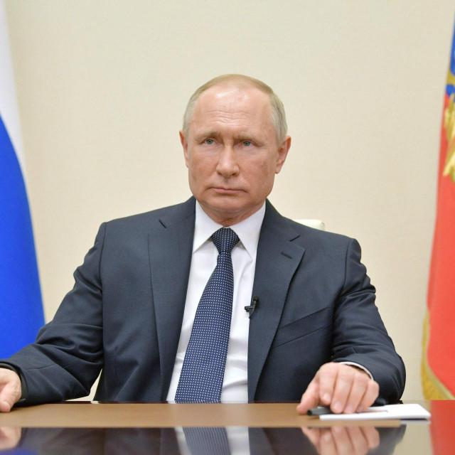 Vladimir Putin objavio je da je travanj neradni mjesec