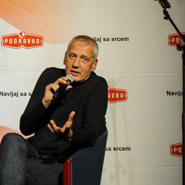 Aleksandar Petrović govori na predstavljanju knjige Zlatka Dalića
