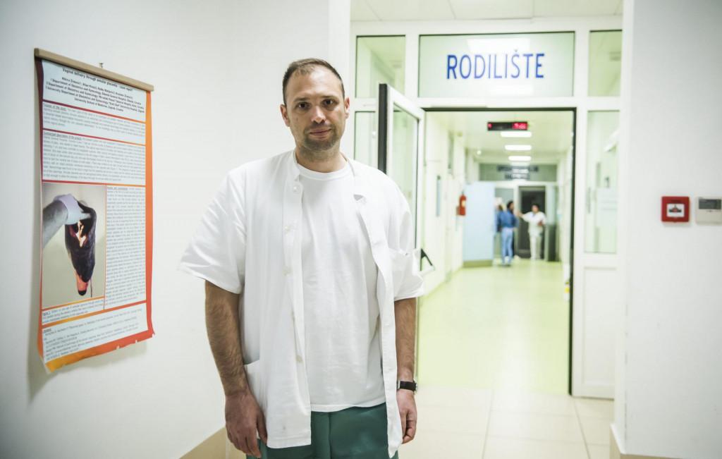 Dr. Ivan Zmijanovic sef Odjela ginekologije iopstetricije u OB Sibenik<br />
